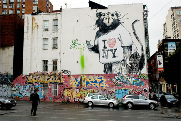 Banksy loves new york the completed mural the riot club for Banksy rat mural